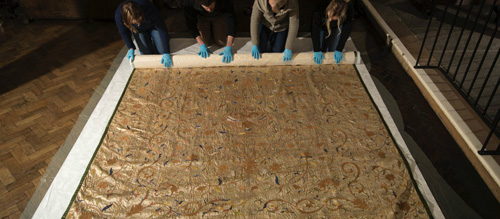 King's 300-year-old bedspread to go on show