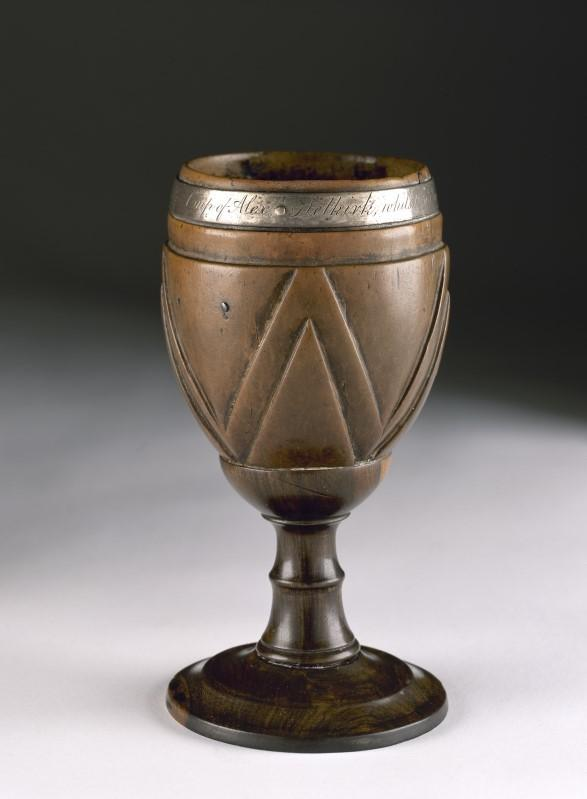 Drinking cup of 'Robinson Crusoe' goes on show